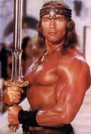 En perfekt roll för Arnold. Få repliker och mycket flex.