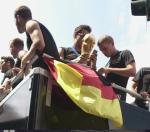 Bild tagen på plats i Berlin då VM-laget kom hem.