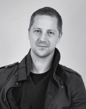 Andreas Ek hos fotografen Bee Thalin, Värmdö