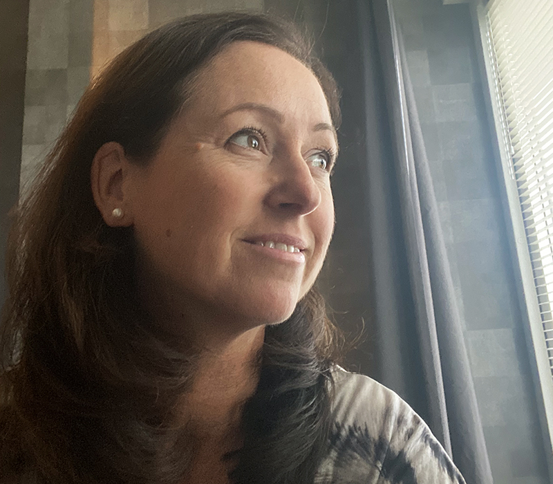 Caroline Möllesand Förlagskontrakt